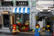 LEGO® Green Grocer