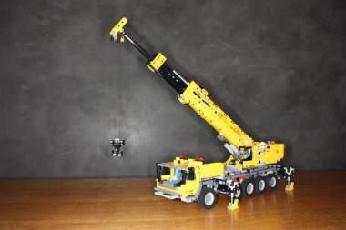 LEGO® Technic Schwerlastkran