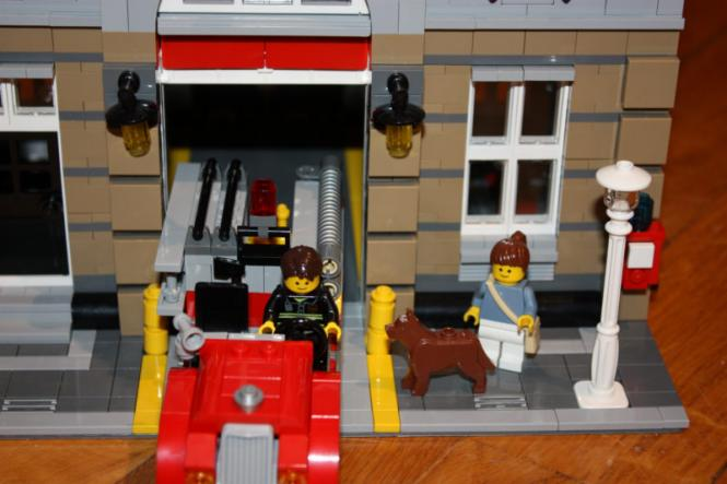 lego firebrigade online lego sets mieten. Black Bedroom Furniture Sets. Home Design Ideas