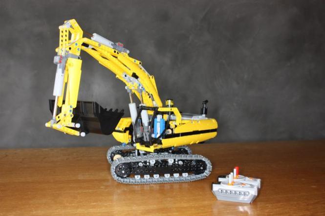 LEGO® Technic IR-Raupenbagger